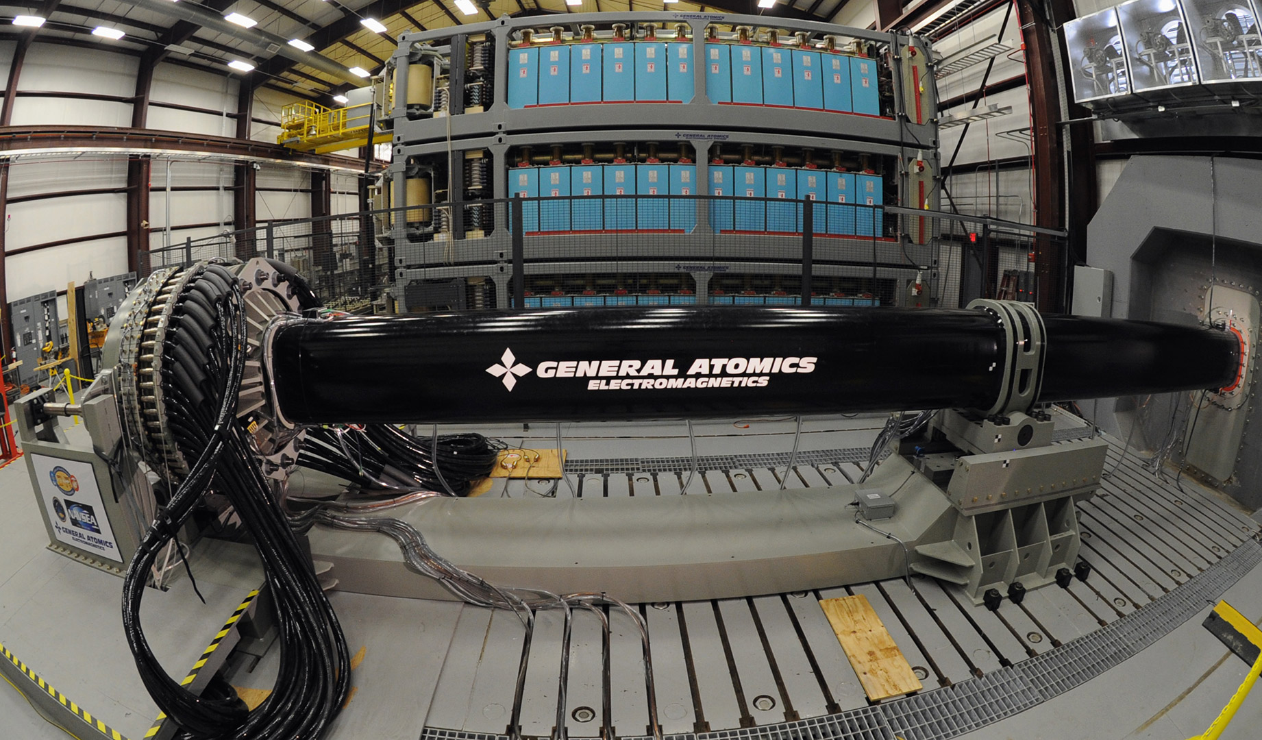 Navy Plans First Live Test Of Electromagnetic Railgun On Ship In Basic Circuit Board Diagram Prototypes Pistol The Us Announced Today Apr 7 2014 That It To Install And A Prototype Em Aboard Joint High Speed