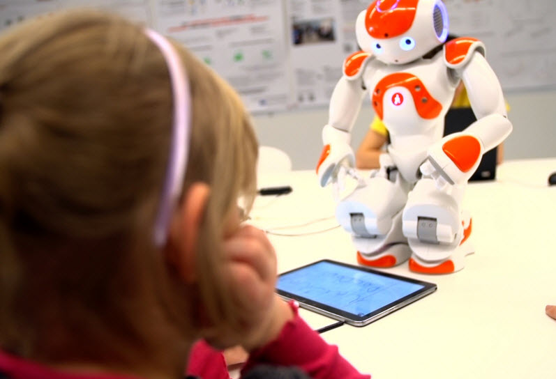 Kids and robots learn to write together « Kurzweil