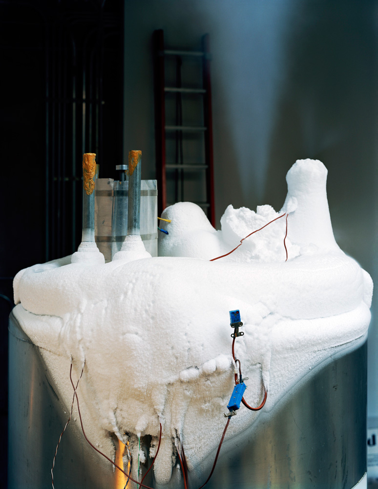 MURRAY_BALLARD_cryonics_01_0408