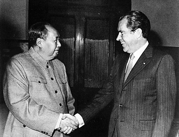 President Richard Nixon (seen here during his historical meeting with Chinese leader Mao Zedong) argued that a ban on biological weapons would strengthen U.S. national security (credit: White House Photo Office)