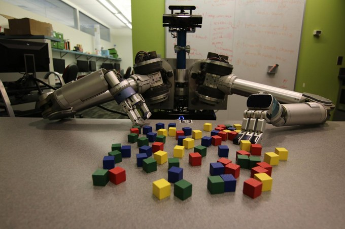 New software developed by Carnegie Mellon University helps mobile robots deal efficiently with clutter, whether it is in the back of a refrigerator or on the surface of the moon. (credit: Carnegie Mellon University Personal Robotics Lab)