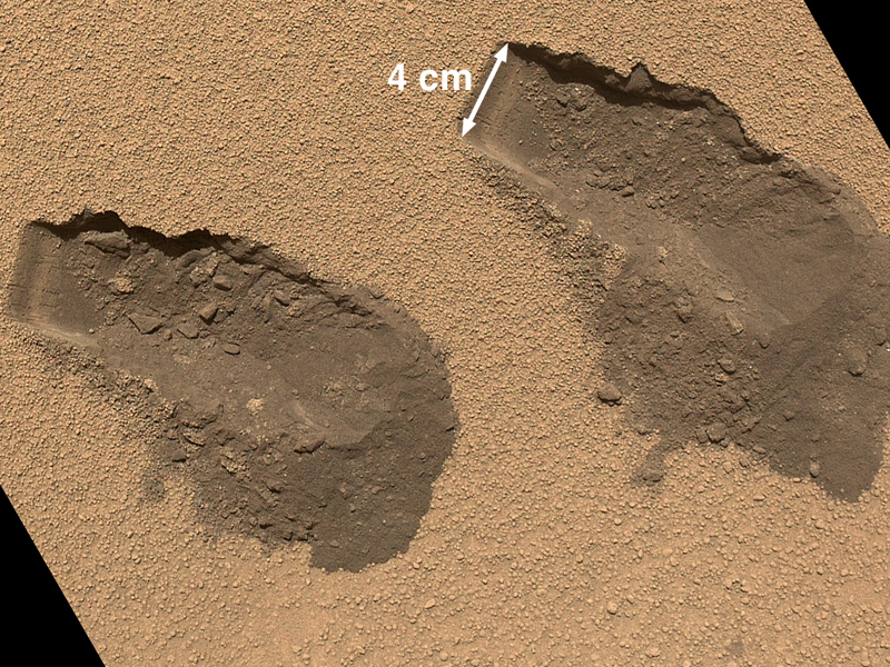 curiosity_trenches_mars