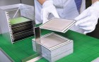 Production of the cell stacks at the Fraunhofer IKTS (credit: Fraunhofer IKTS)