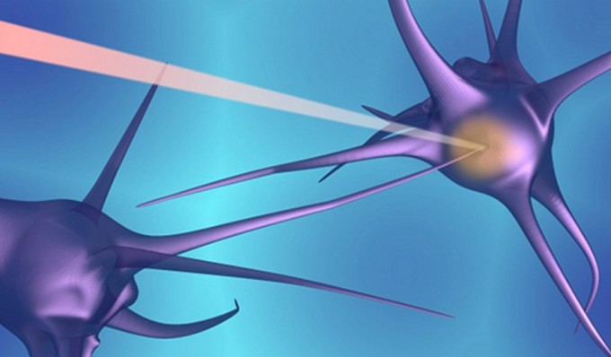An illustration of how a femtosecond laser pulse is delivered to the target point between an axon and a neuronal soma (credit: the authors)