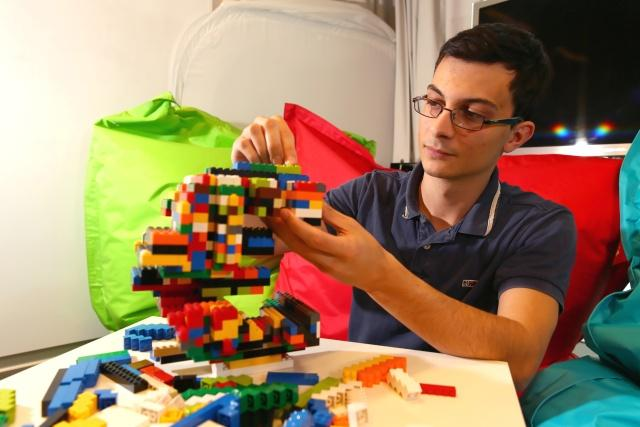 Software to construct everything with LEGO pieces | Kurzweil