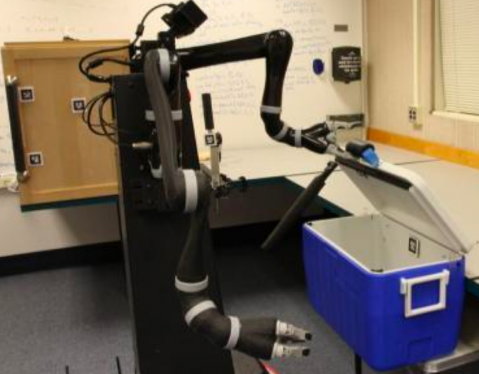 Robot inspects cooler, ponders next step (credit: Intelligent Robot Lab / Brown University)