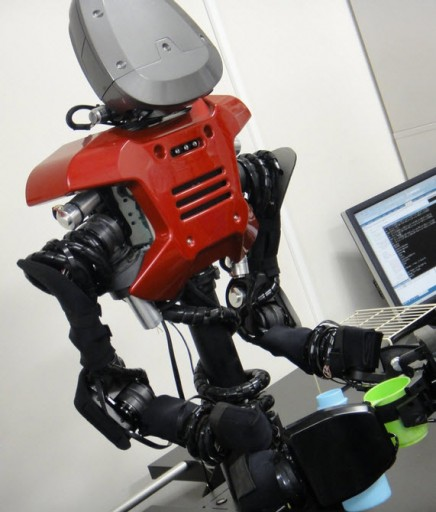 A robot said to think, learn, and act by itself (credit: Tokyo Institute of Technology)