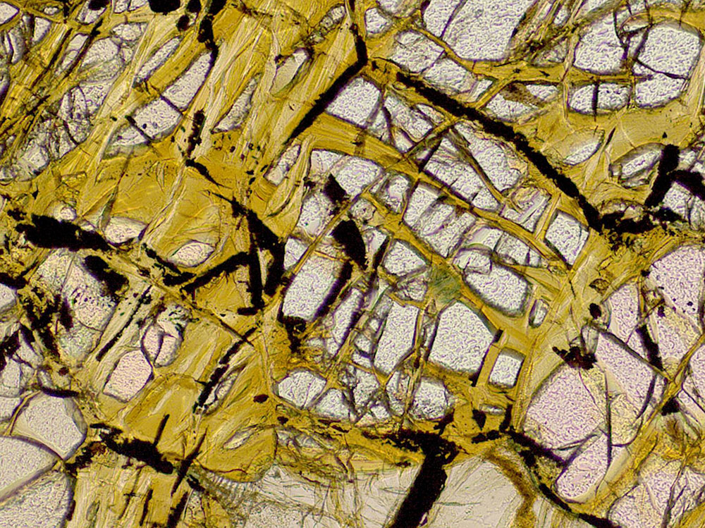 serpentinization-olivine